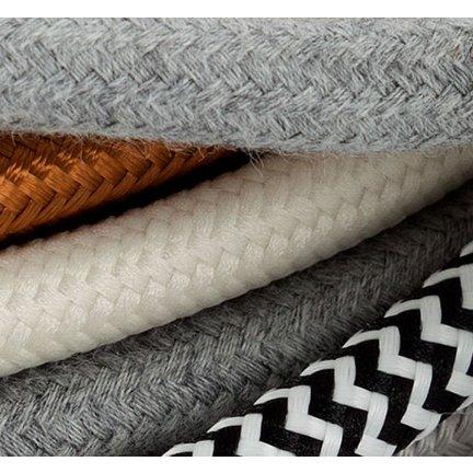 Effen, gedraaide en linnen strijkijzersnoeren