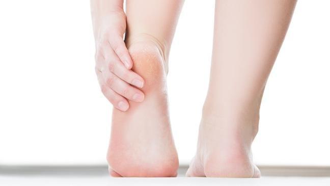 Malaise ou douleur aux pieds: aides qui guérissent ou préviennent