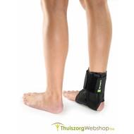 Bandage pour cheville avec renforcement