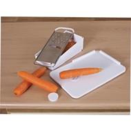 Planche à pain en matière synthétique avec piques de fixation et râpe