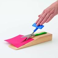 Tafelschaar op houten voet Easi-Grip®