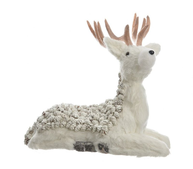 Deer with pinecones & glitter - seated