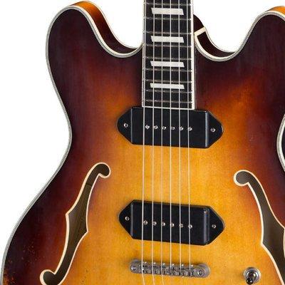 Eastman T64/v Hollowbody gitaar Goldburst