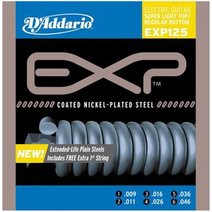 D'Addario EXP125 Snaren Coated Nickel-Plated Steel Super Light Top/Regular Bottom