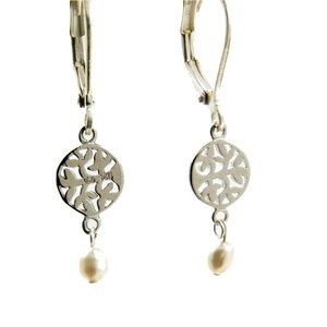 LILLY LILLY Oorbellen - Tree of Life Silver | Pearl | Zilver