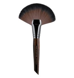 MUFE #134 PINC. POUDRE EVENTAIL - L ARGE / POWDER FAN BRUSH - LARGE
