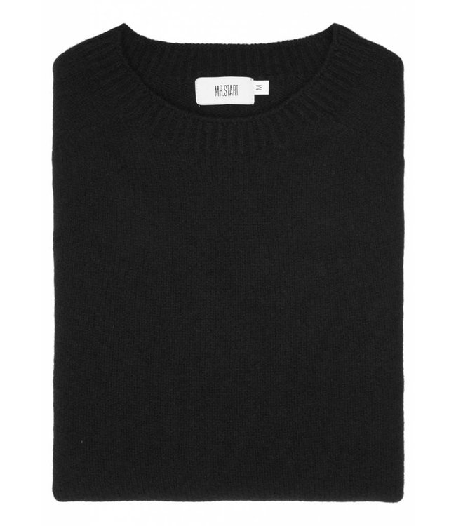 The Rannoch Cashmere & Merino Wool Crew Neck in Classic Black