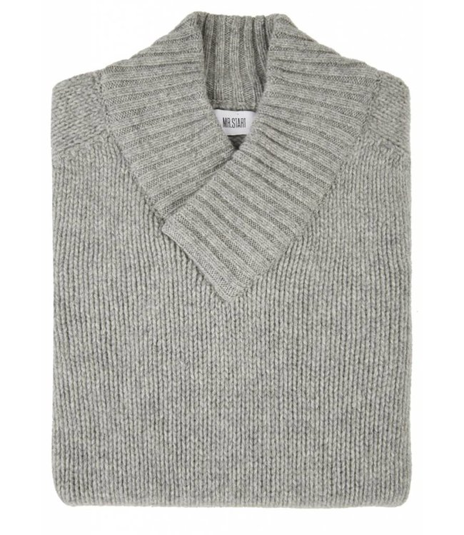 The Assynt Geelong Lambswool in Grey