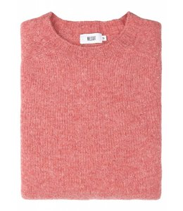 The Lomond Pure Shetland Wool Crew Neck Sweater in Rosebud