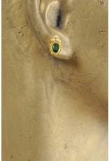 Smaragd-Ohrstecker mit Perlen