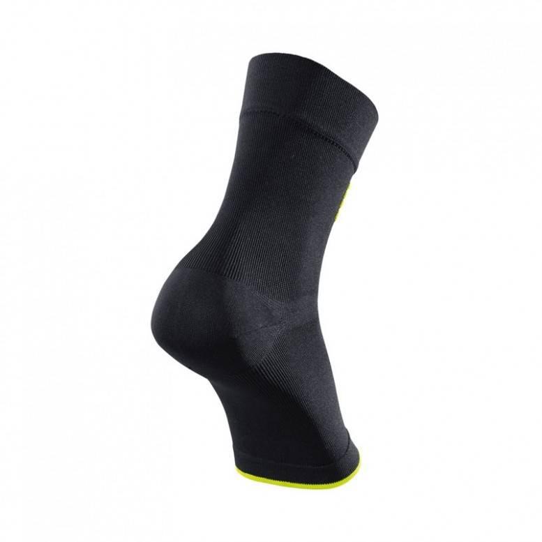 CEP CEP Ortho Ankle Sleeve