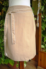 Short pareo skirt for woman.