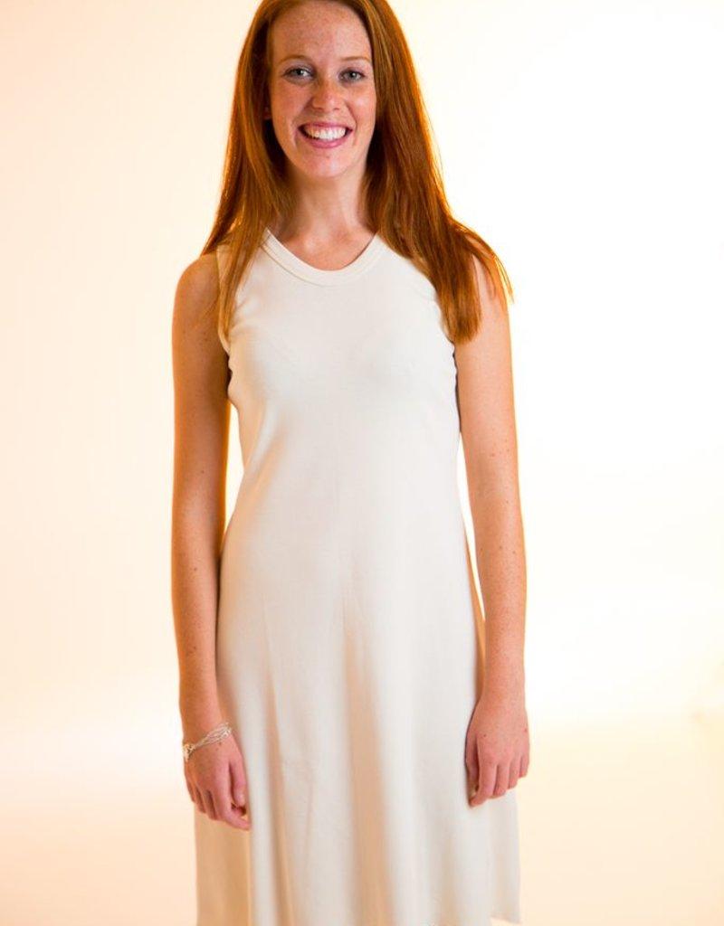 Short sleeveless dress fo woman