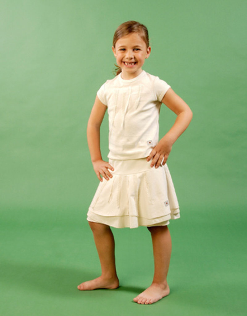 Skirt with laces for girl. sizes 2, 4, 6 years