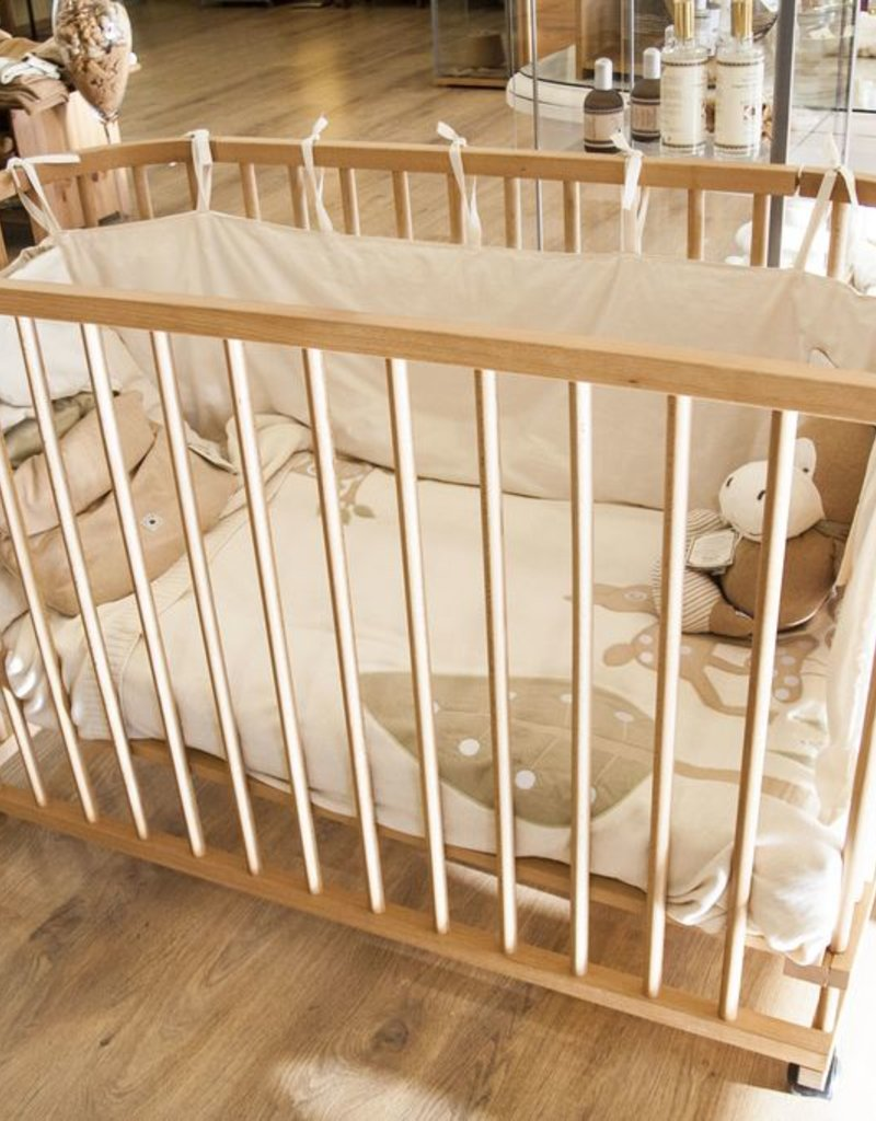 Beechwood cradle of 130x62cm.
