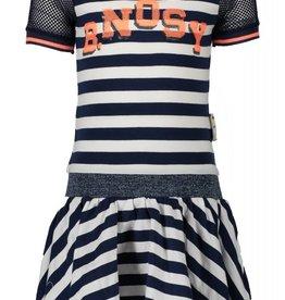 B. Nosy girls dress with mesh sleeves & backpart, lurex flatknit in waist, sequinces text artwork Stripe blueberry/white