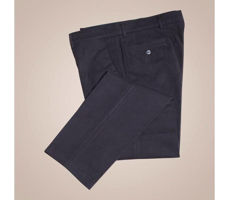 Chino aus reiner Baumwolle in Schwarz | Passform: Slim Fit
