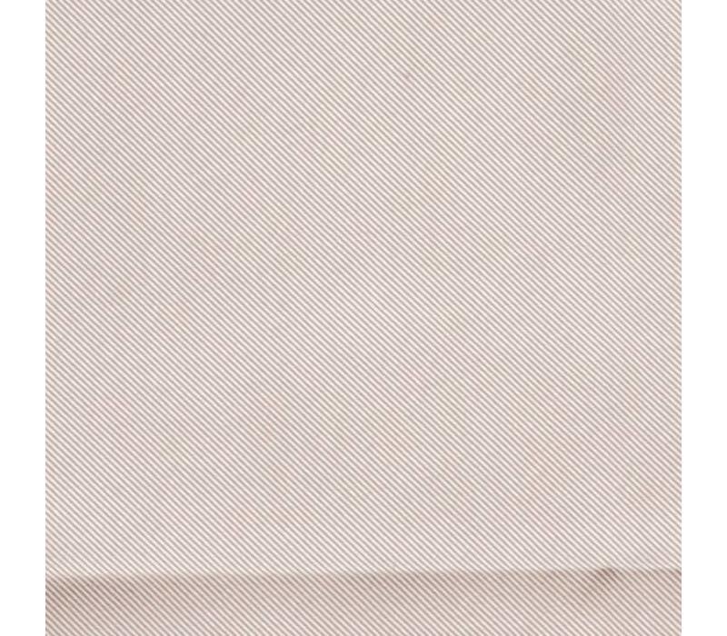 Einstecktuch aus Seide mit breitem Rand
