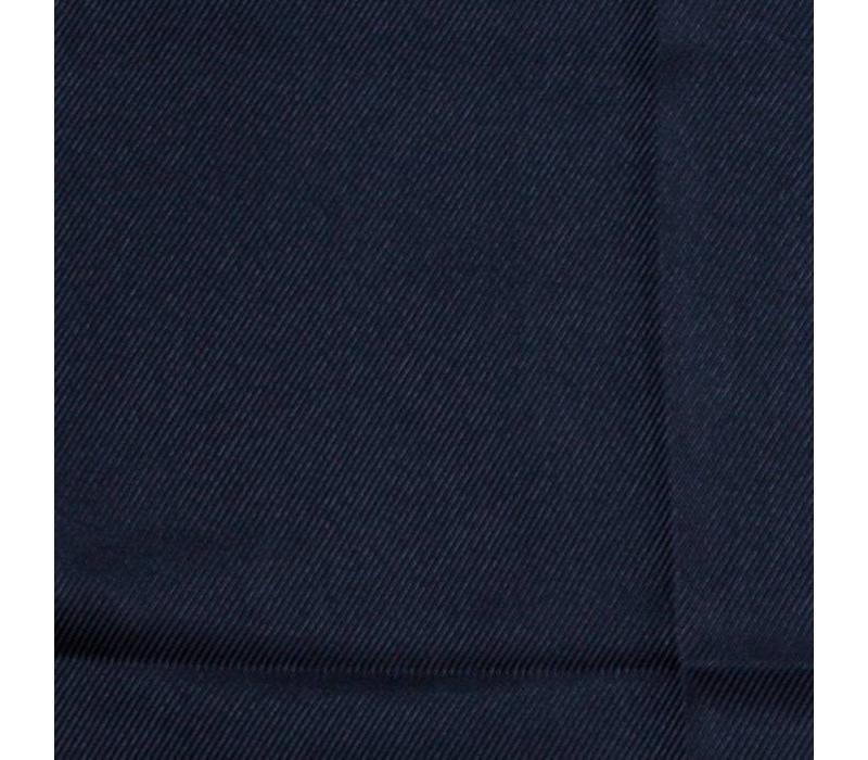 Handrolliertes Einstecktuch aus Seide - Nachtblau