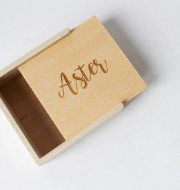 Schuifdoosje houten deksel met gravure