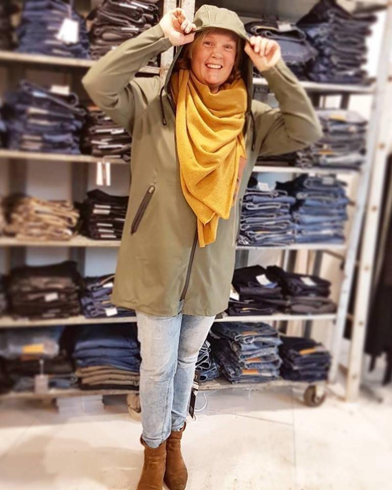 fashion item 2018: de regenjas