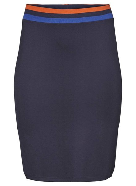 Junarose Pencil skirt on knee
