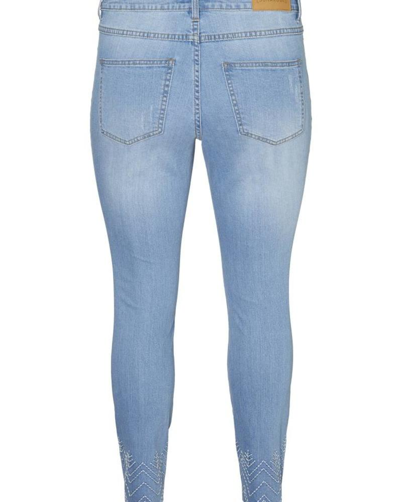 ankle raw edge embroidered jeans
