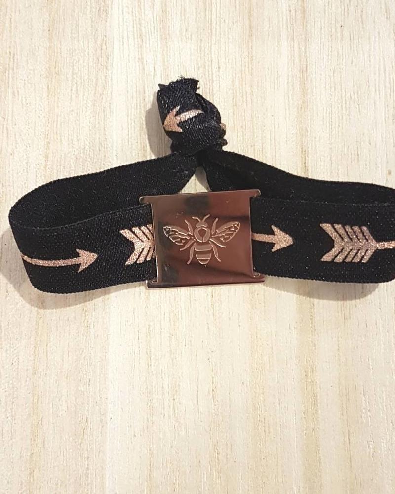 LIKELIKELIKE armband zwart arrow /  bij rose