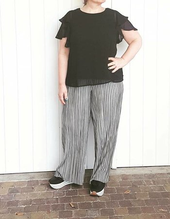 wide plisse pants stripe