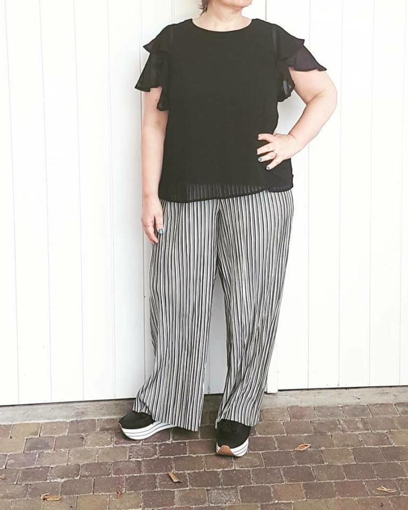 wide plisse pants stripe