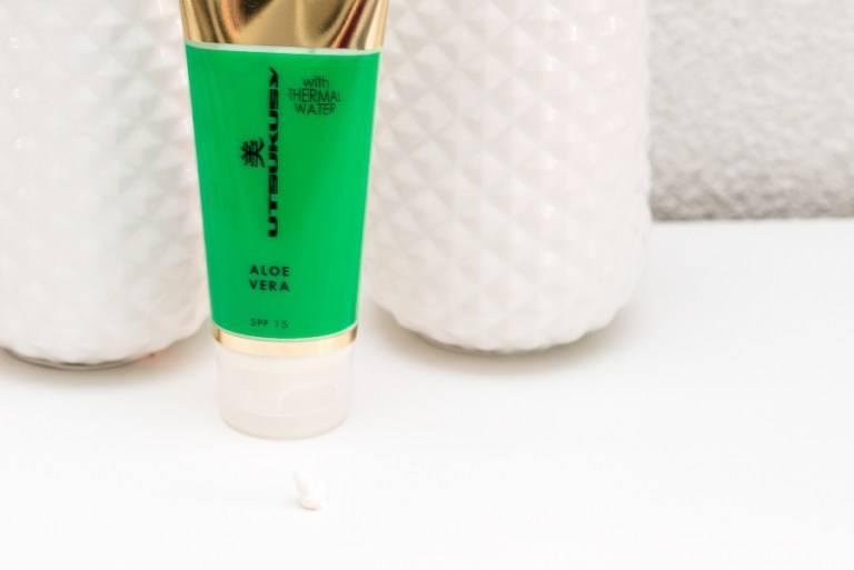 Utsukusy Aloë Vera creme met thermaal water, tube 100ml