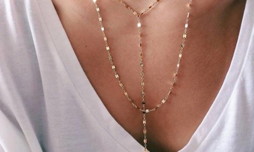 Een ketting geeft je outfit flavour