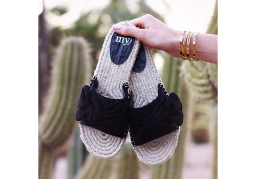 BLACK BOW SLIPPERS