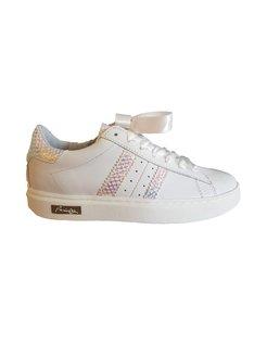 Witte sneaker met blauw