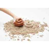 The Poop zandvorm bruin
