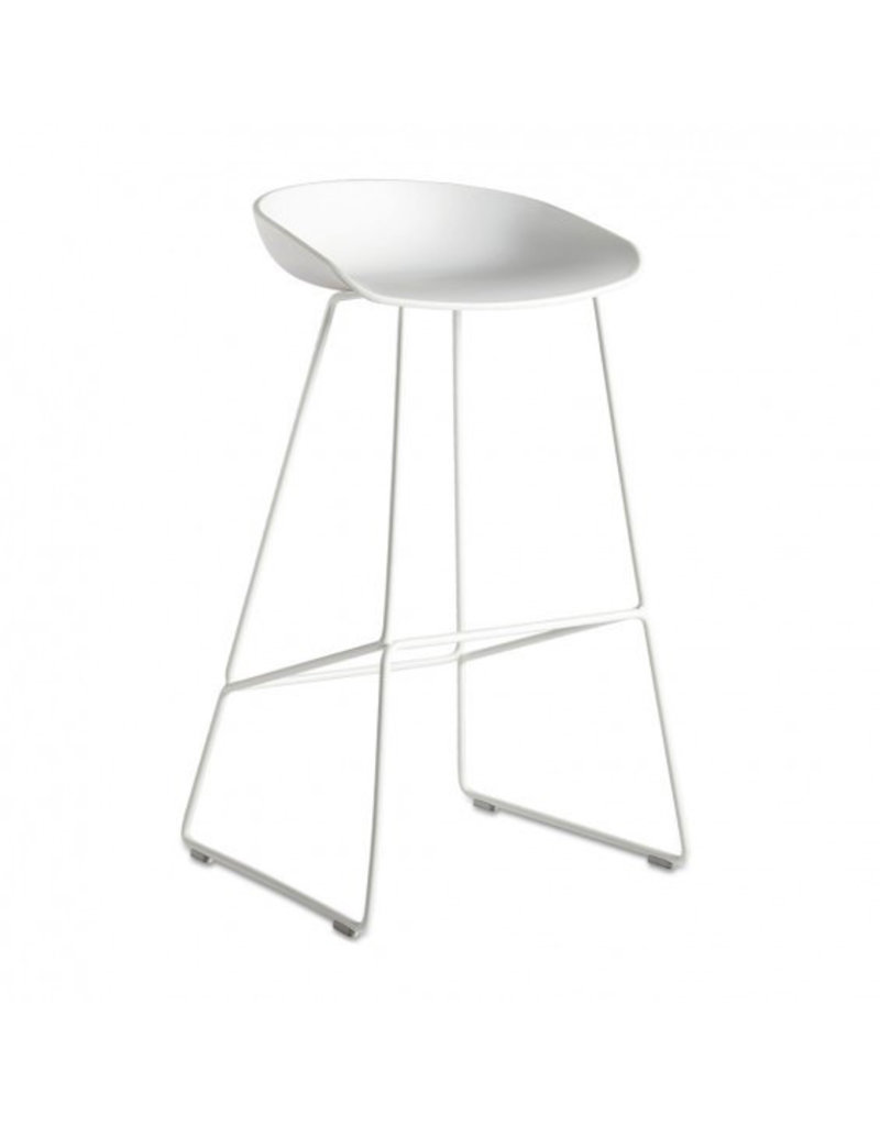 Stoelen AAS38 ABOUT A STOOL SHELL WHITE H65