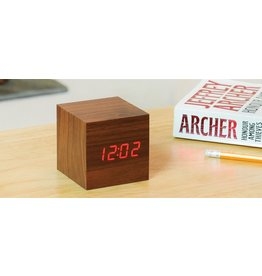 Wekkers CUBE CLICK CLOCK WALNUT RED