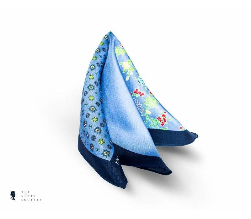 geprint lichtblauw pochet van zijde