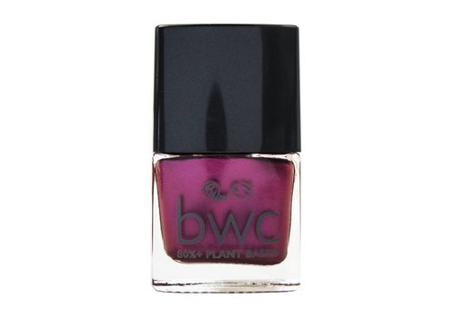 Beauty Without Cruelty Nail Colour: Fiery Kiss