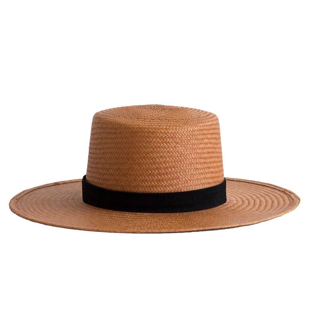 Janessa Leone Bernt Hat