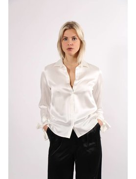 Kelly Love Quiet Dawn Blouse