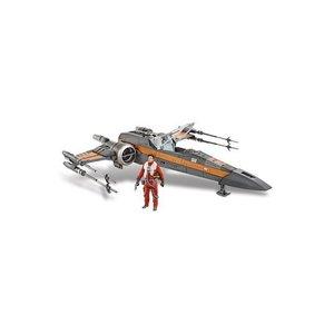 Star Wars Hasbro Class III Vehicle with Figure 2015 Poe's X-Wing Fighter