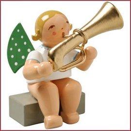 Wendt & Kühn Grunhainichense zittende Engel met tuba