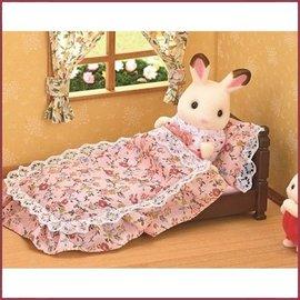 Sylvanian Families Classic Antique Bed