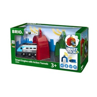 Brio SMART Travel Engine met actie tunnels