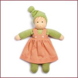 Nanchen Waldorfpop Lijs meisje groen