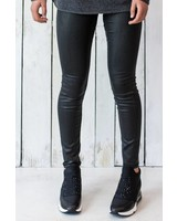 NELLY LEATHER-LOOK JEANS