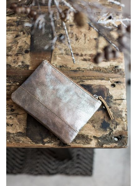 METALLIC GOLD LEATHER CLUTCH