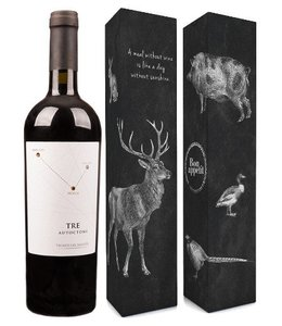 "Vigneti del Salento (Farnese Vini) Fles tre autoctoni + verpakking ""A meal without wine is..."""