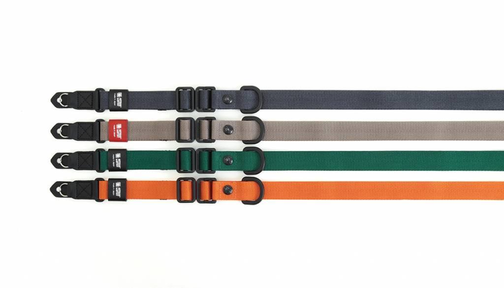 Artisan & Artist ACAM E25R camera strap - black